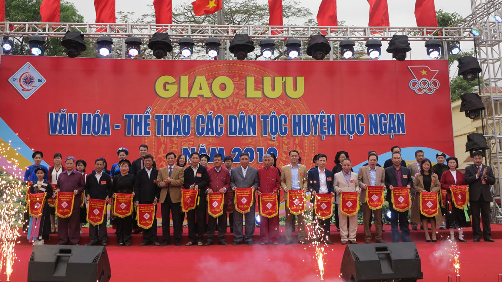 Ngày hội Văn hóa - Thể thao các dân tộc huyện Lục Ngạn: Hội tụ những sắc màu văn hóa